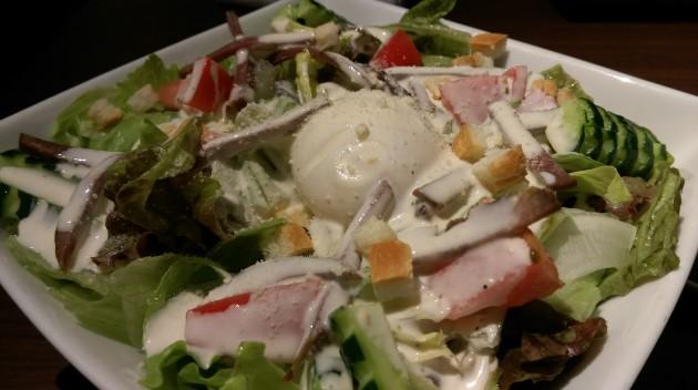 牛タンスモークのシーザーサラダ♪
